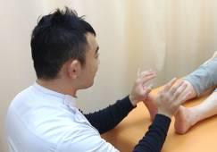 外反母趾専門整体師 小林 龍司